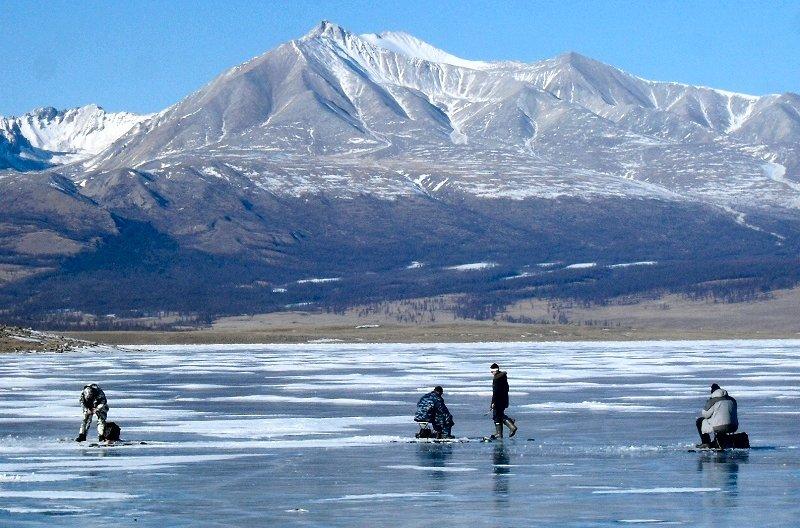 Весенний лед очень опасен