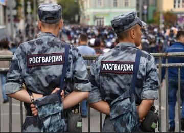 Росгвардия избивала безоружных людей 1 мая: пострадали даже дети
