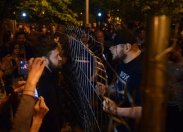 «Наша гордость»: российские спортсмены избивали митингующих в Екатеринбурге