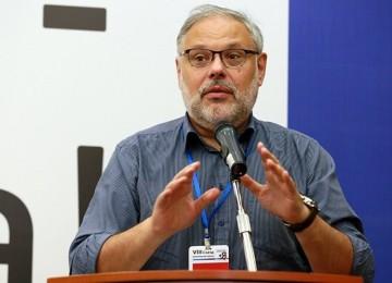 Экономист Хазин о «левом повороте» и либералах