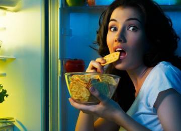 «Кушать» или «есть»: как правильно