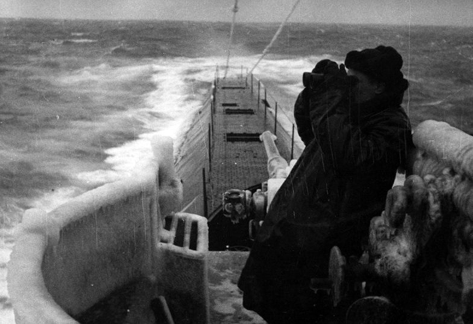 когда изобрели подводную лодку