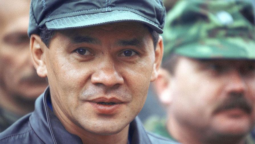 в каком году шойгу стал министром обороны