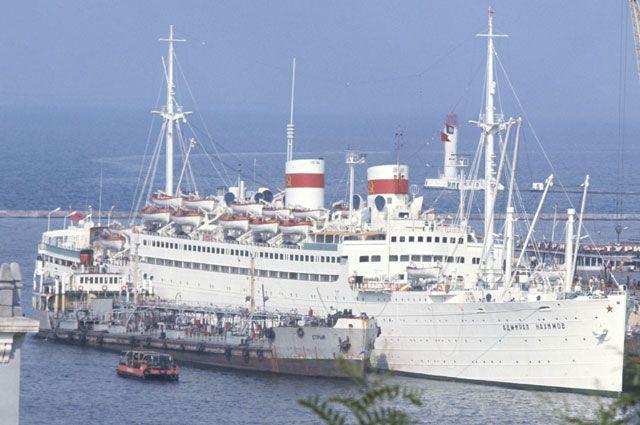 адмирал нахимов пароход