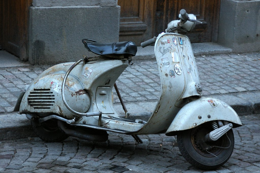 итальянский мотороллер