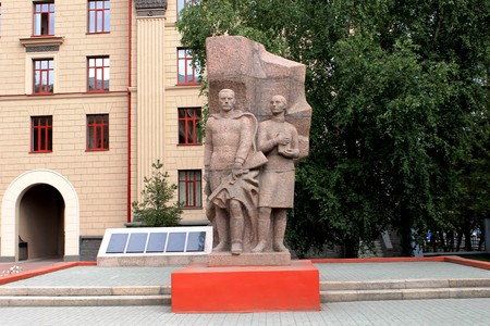 памятники посвященные войне