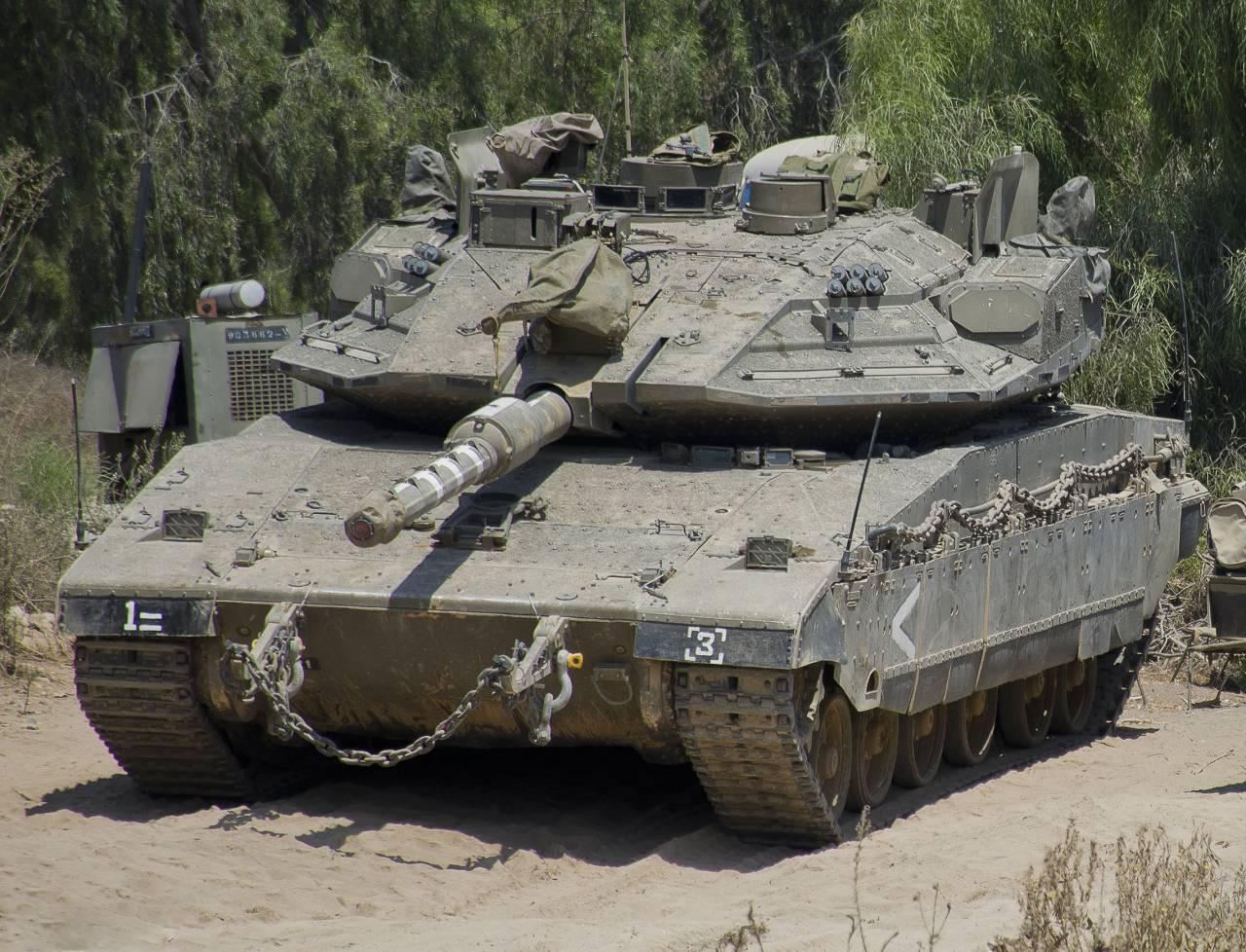 сколько танков