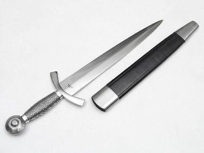 итальянский нож стилет