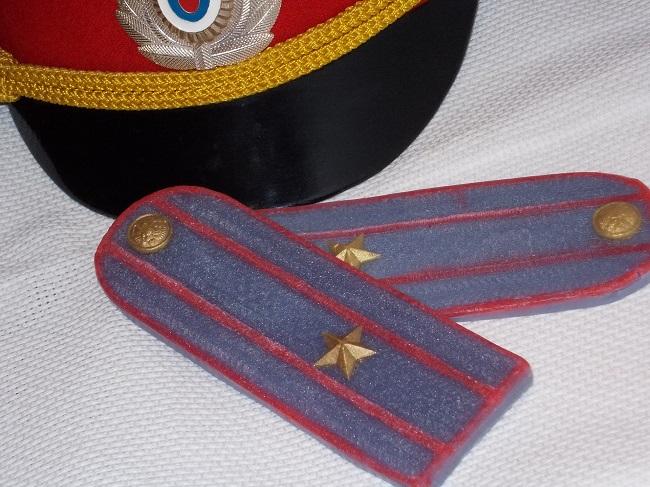 мл сержант погоны
