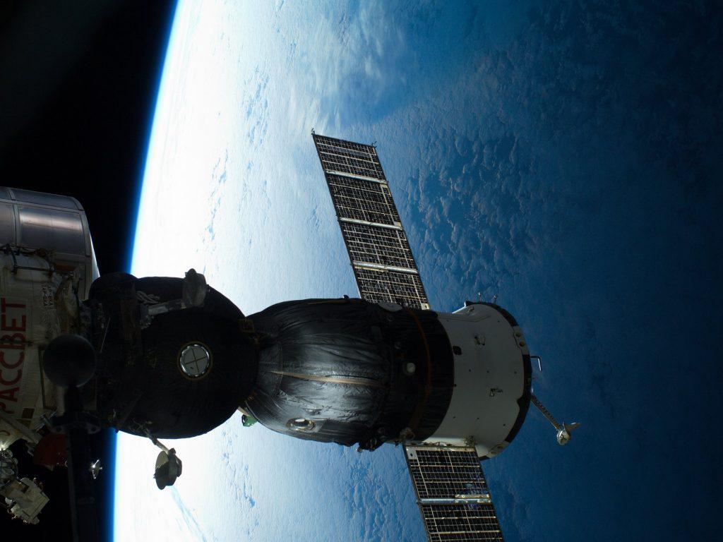 история развития космонавтики кратко