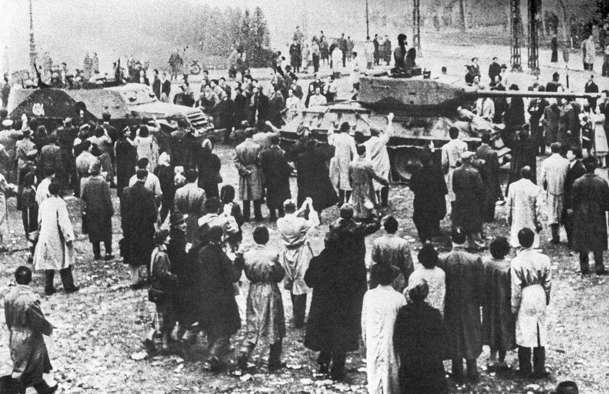 подавление восстания в венгрии войсками ссср