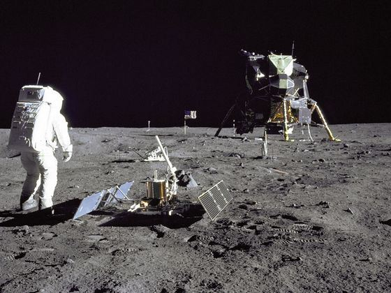 1 человек который полетел в космос