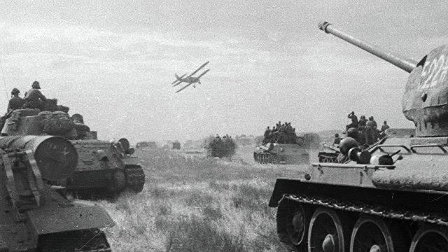 в августе 1945 года ссср объявил войну