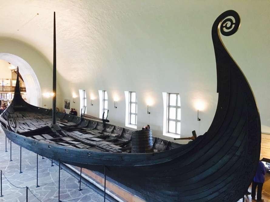 схематический рисунок корабля викингов