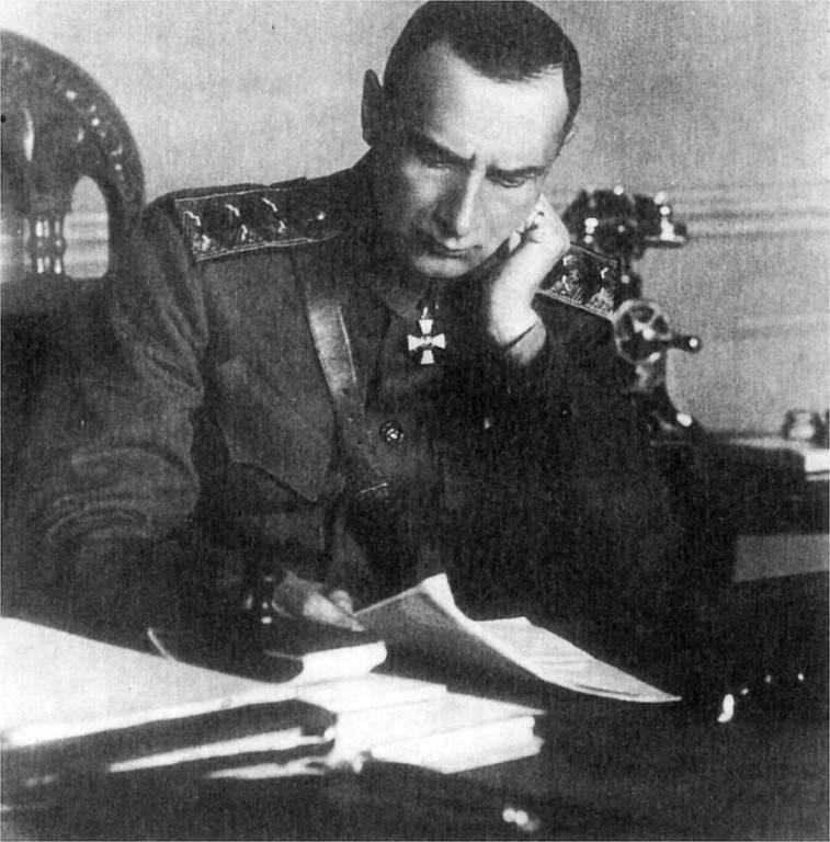 генерал пепеляев биография история с бриллиантом
