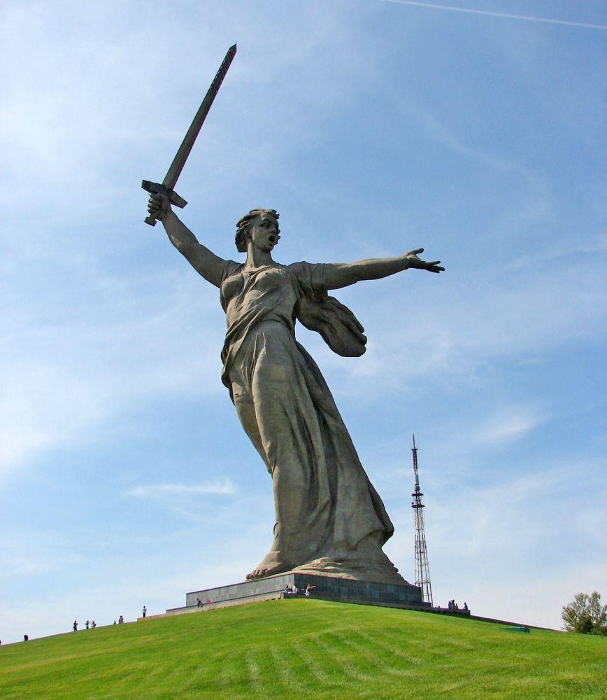 скульптор евгений вучетич