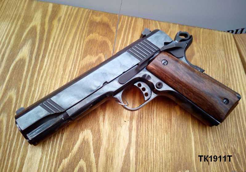 травматический пистолет кольт