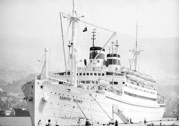 где затонул адмирал нахимов