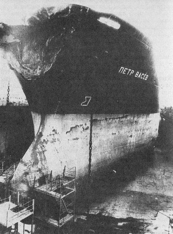 теплоход адмирал нахимов википедия