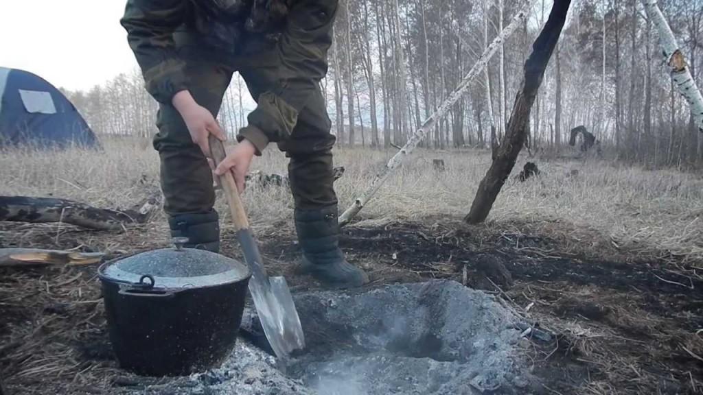 Готовим яму для жарки дичи