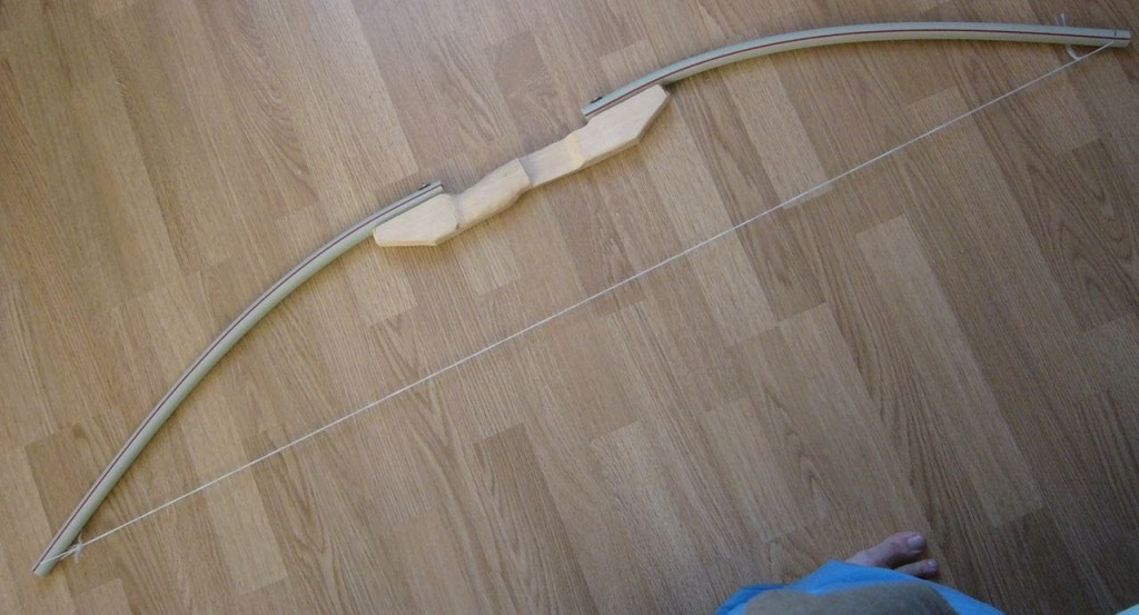Самодельный лук из трубки ПВХ и дерева