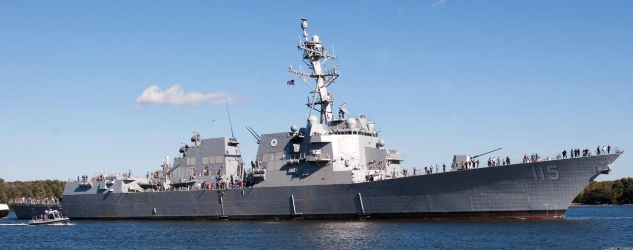Американский эсминец типа «Арли Берк»