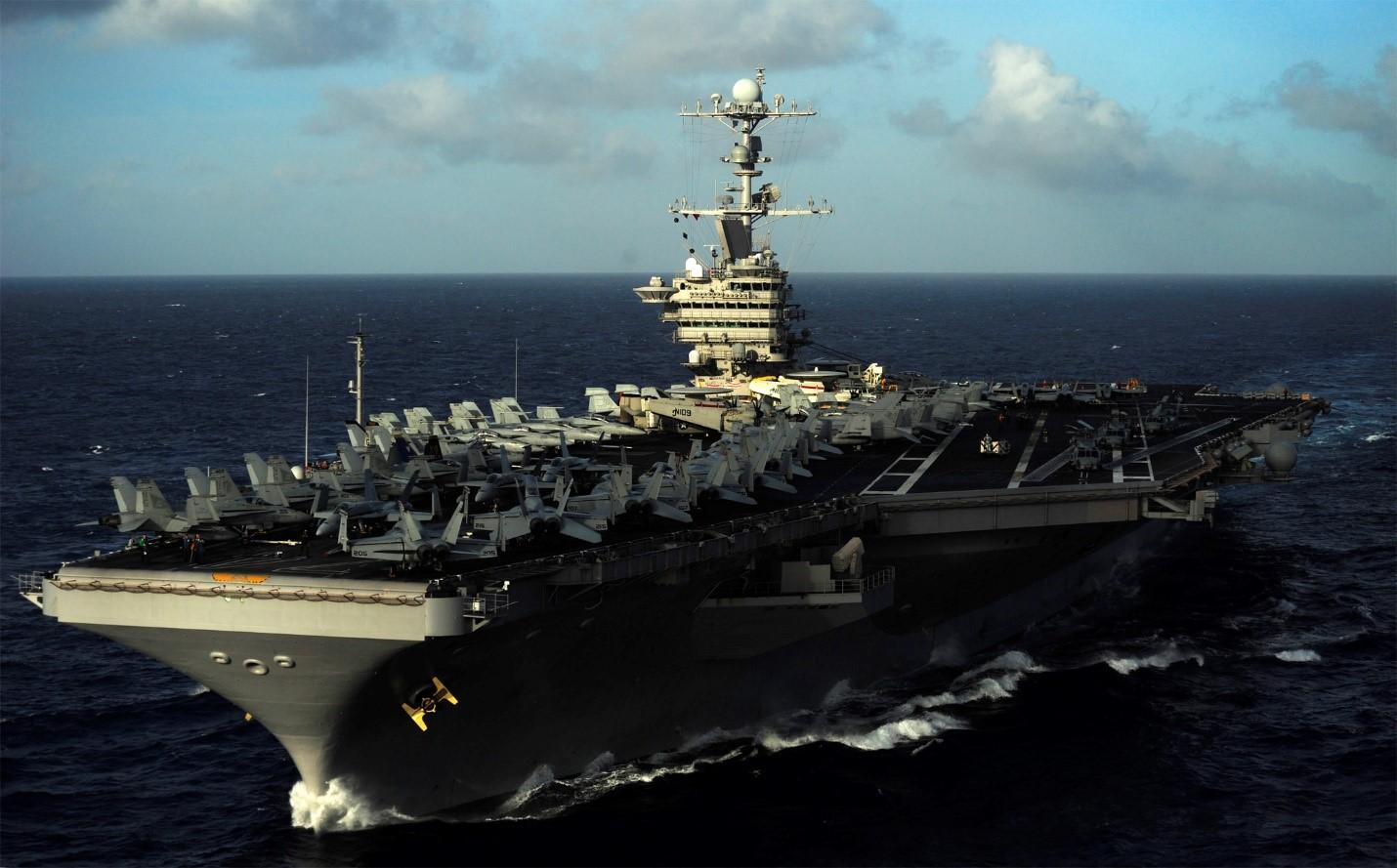 Авианосец USS John C. Stennis