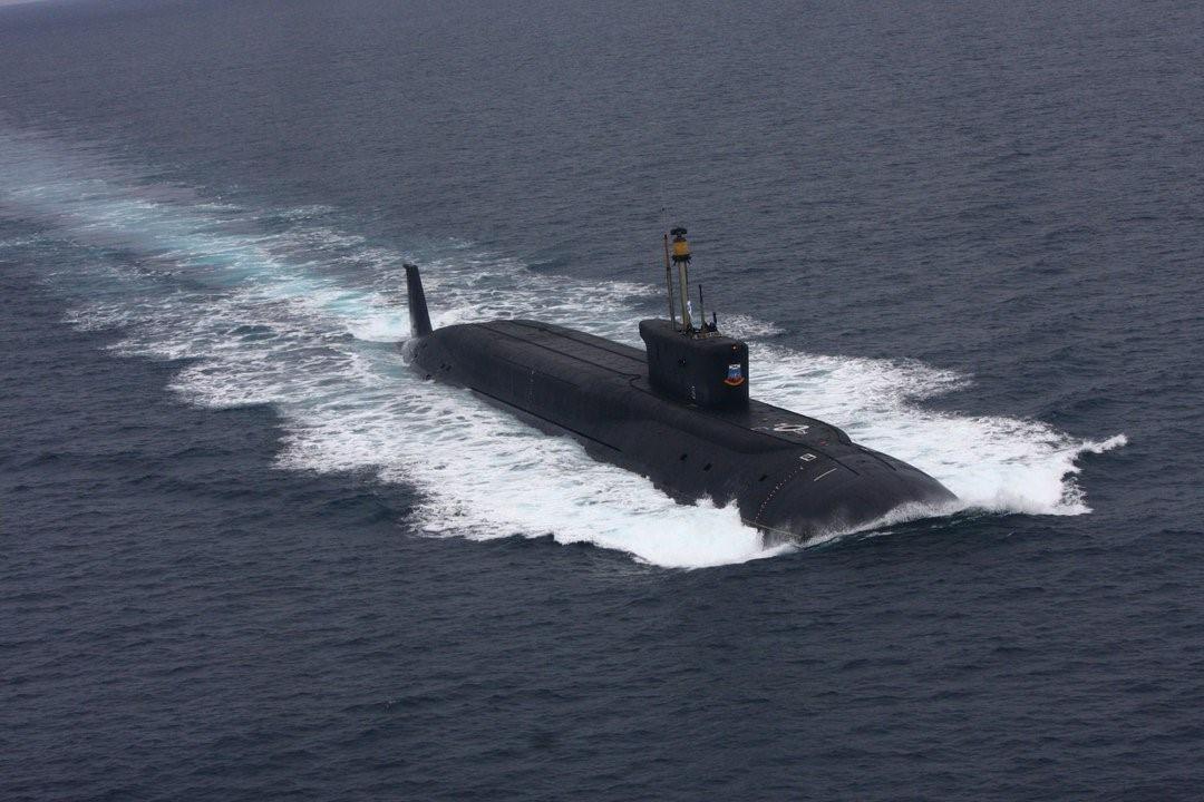 Российская подлодка в море