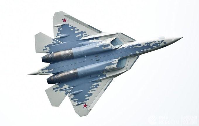 Су-57 с попиксельным камуфляжем