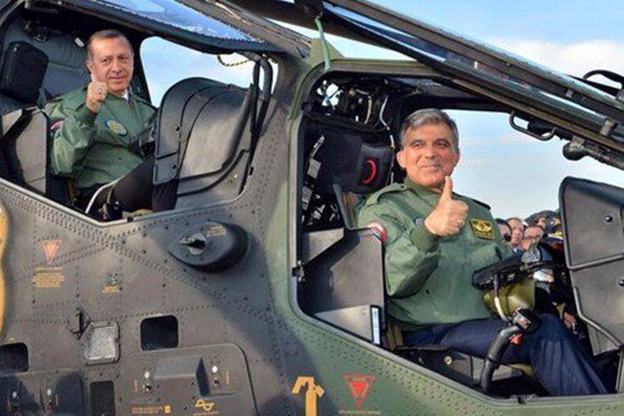 В кабине американского вертолета