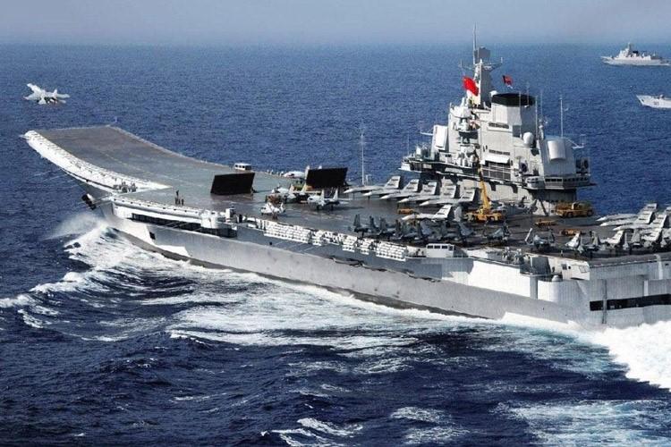 Авианосец флота США