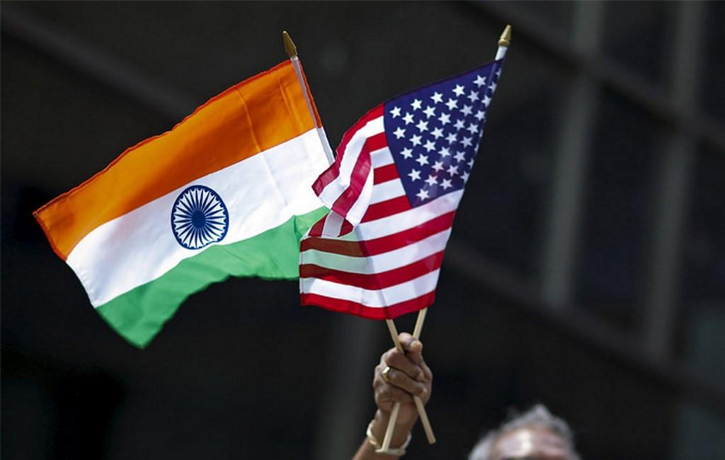 Флаги Индии и США