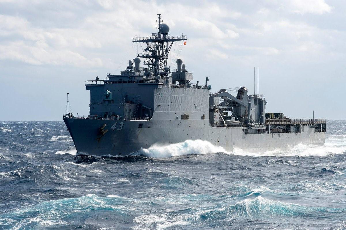 Fort McHenry - корабль ВМС США