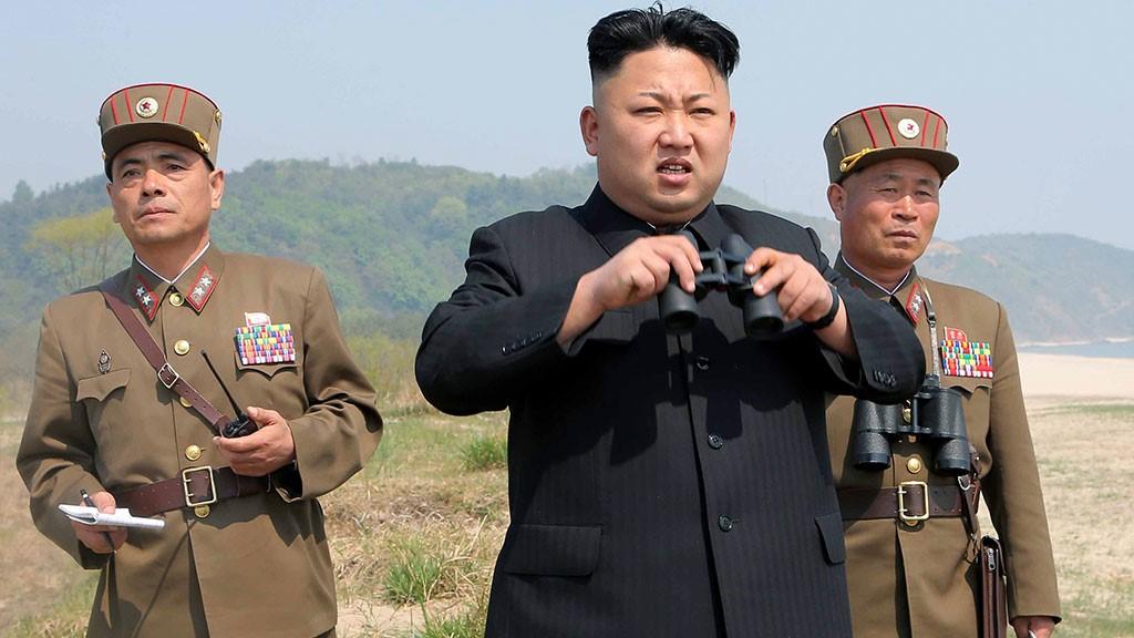 Ким Чен Ын на полигоне