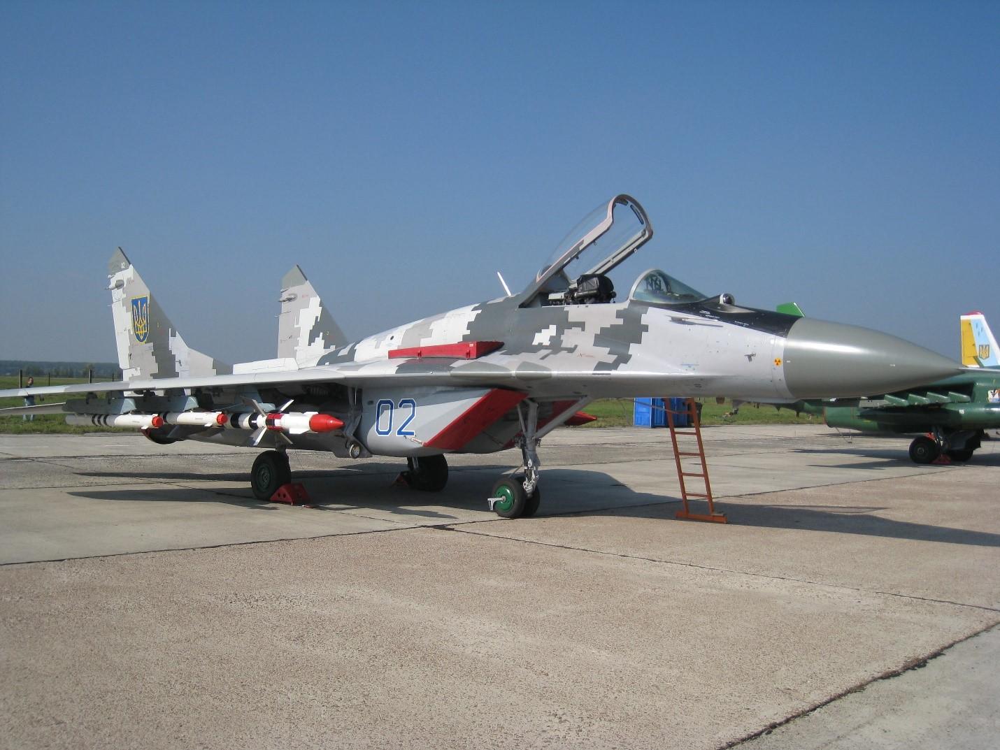 МиГ-28 на ВПП