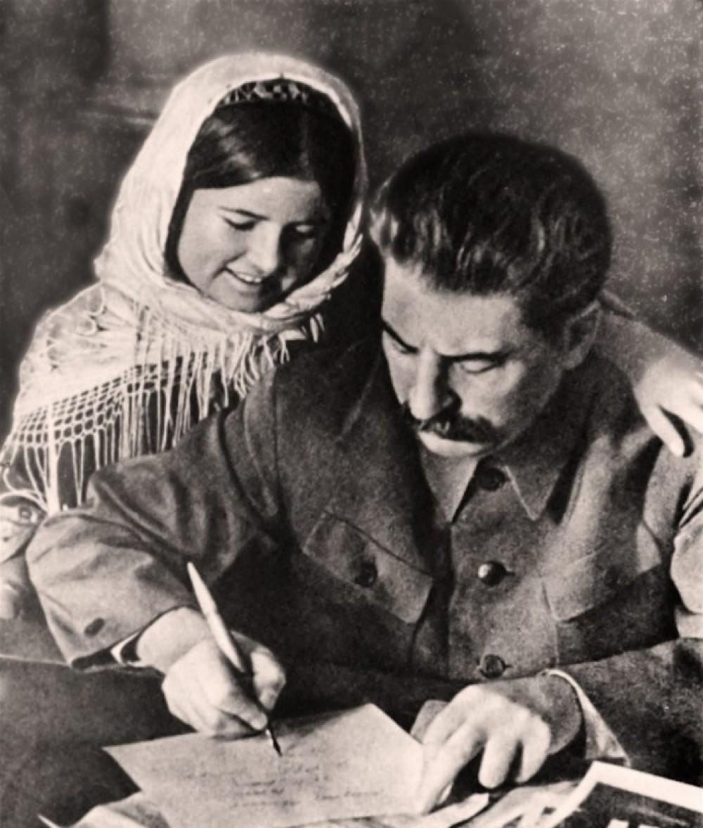 Сталин пишет письмо