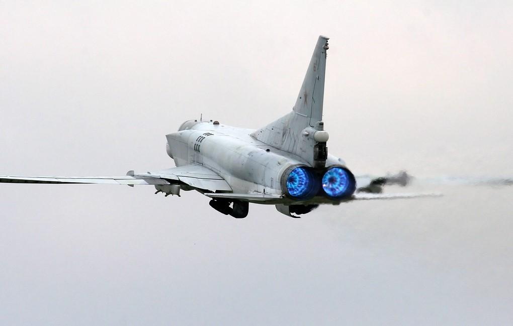 Ту-22М3 в полете
