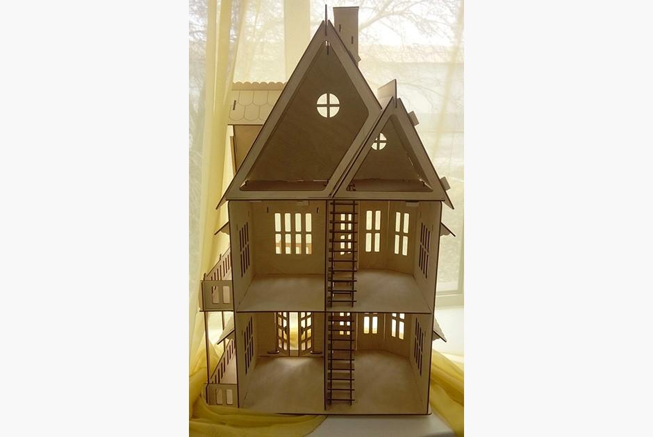 Кукольный домик, сделанный на оборонном заводе