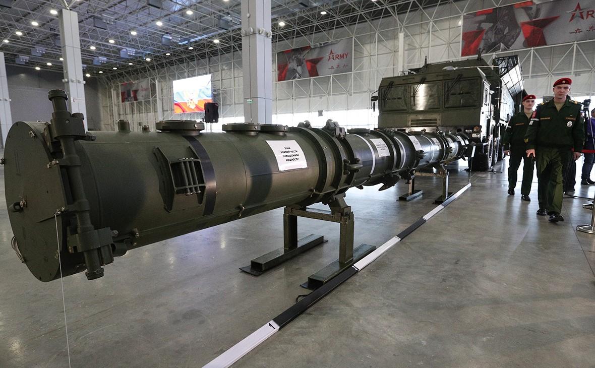 Макет ракеты 9М729
