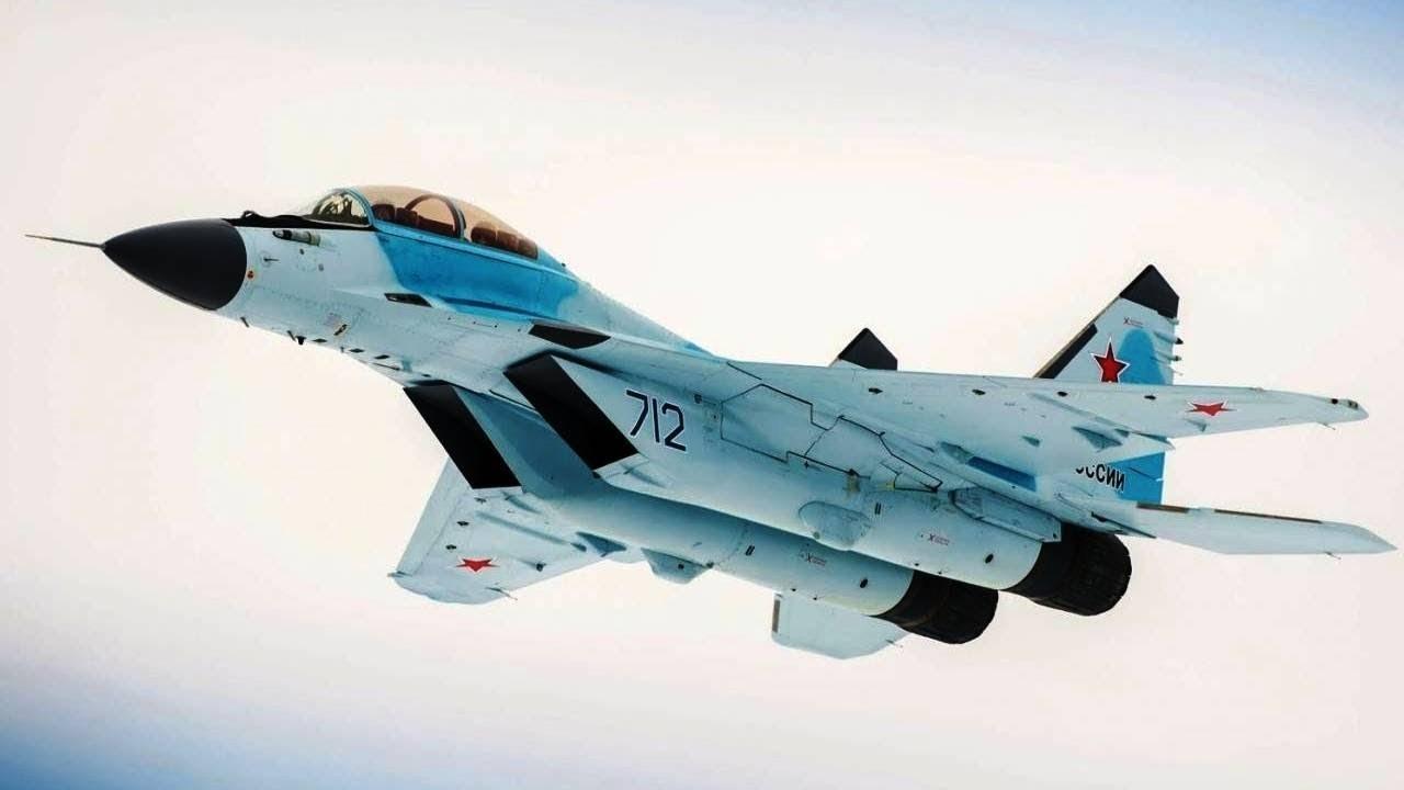 МиГ-35 в полете