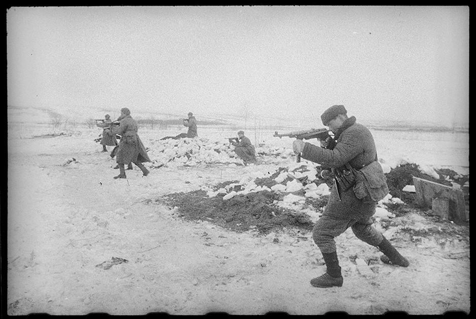 Наступление в 1944-м