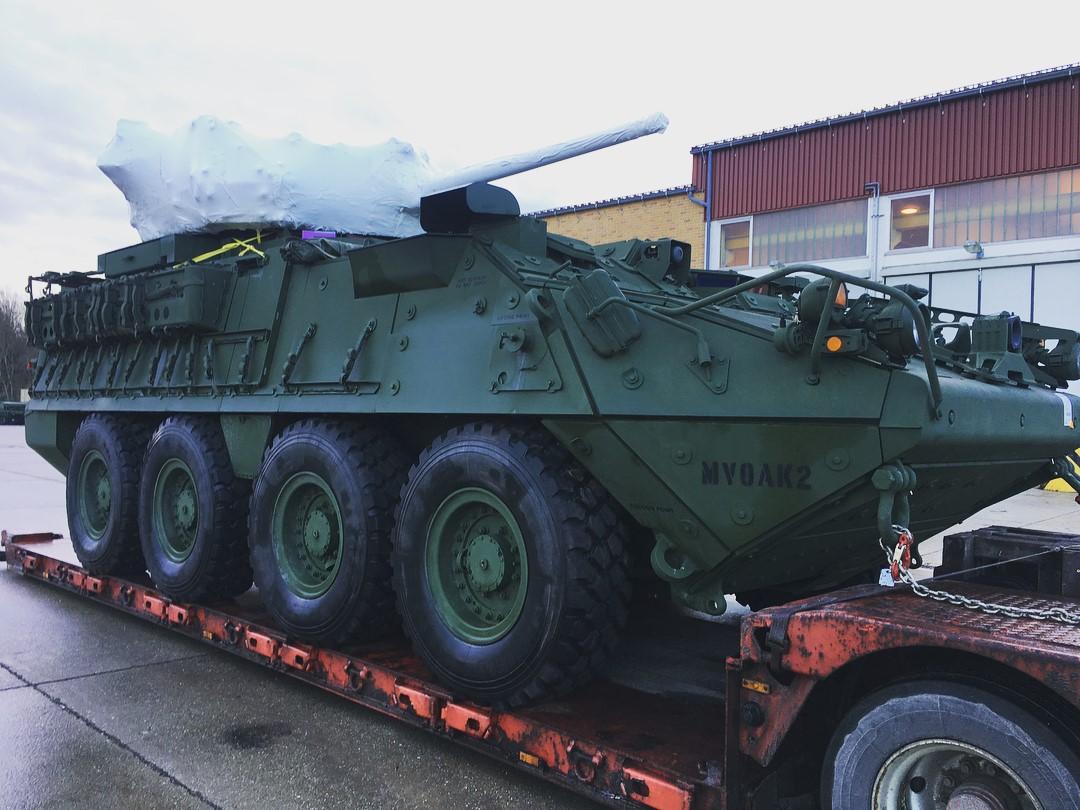 Перевозка бронетранспортера Stryker