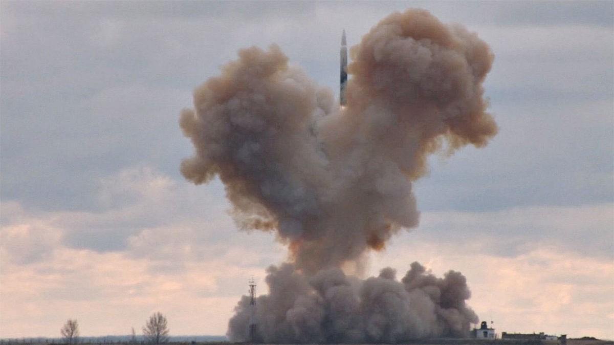 Полет ракеты «Авангард»