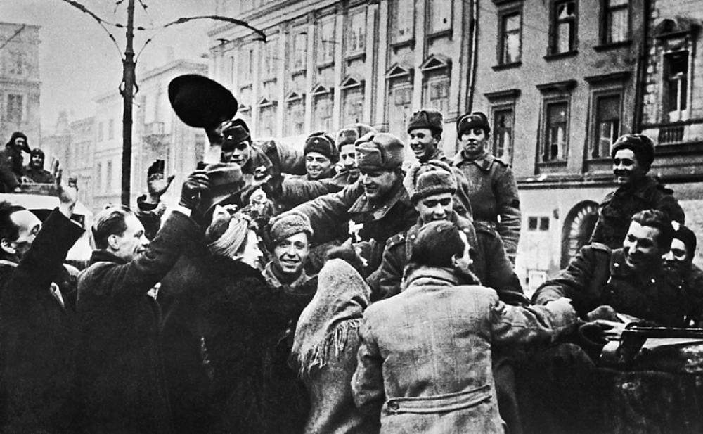 Поляки встречают освободителей