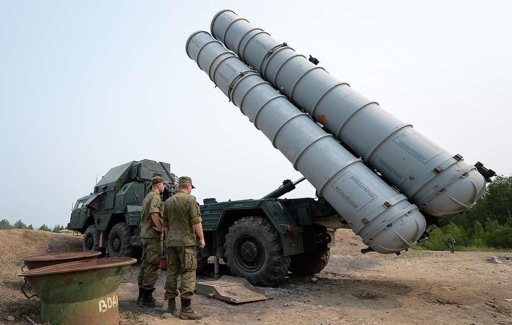Ракеты С-300 готовы поразить цель