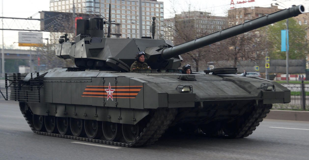 Т-14 «Армата» на улицах Москвы
