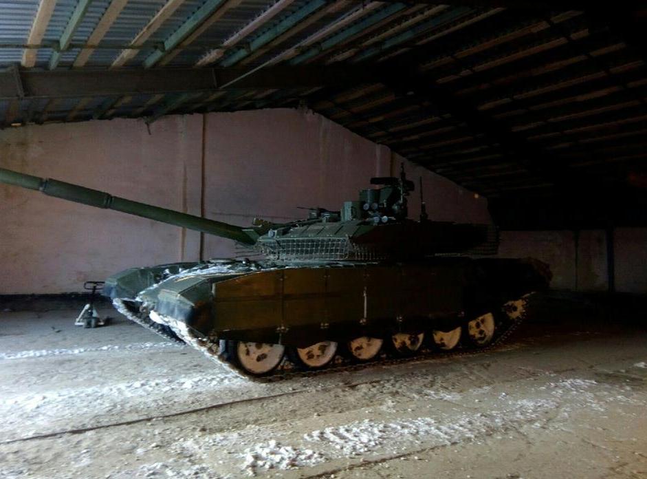 Т-90М в ангаре