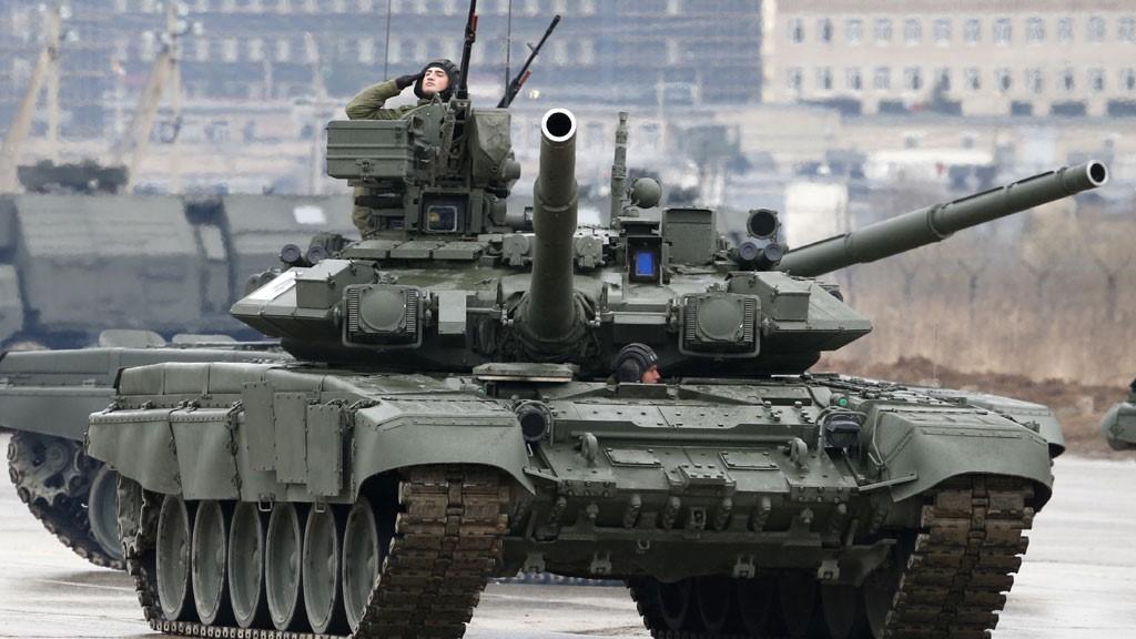 Т-90С на параде