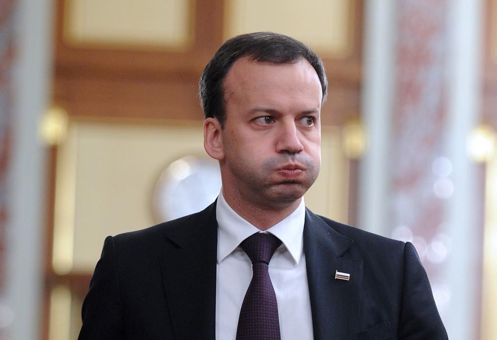Дворкович бежал из страны