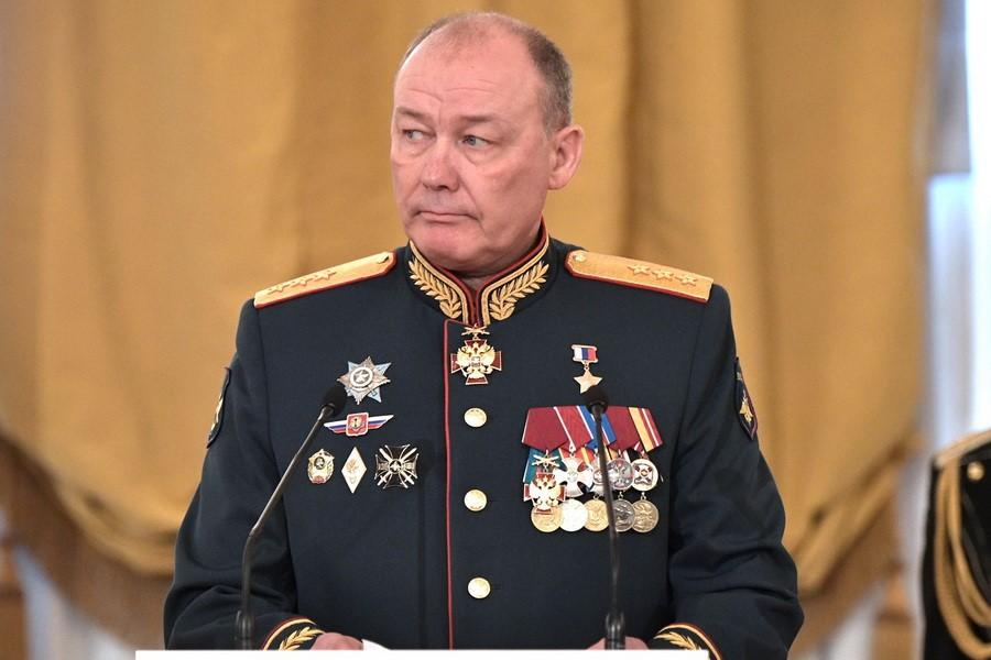 Генерал-полковник Александр Дворников